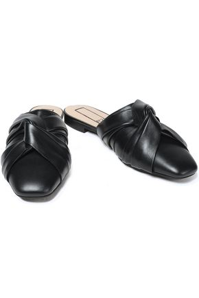 N°21 Twisted leather slippers