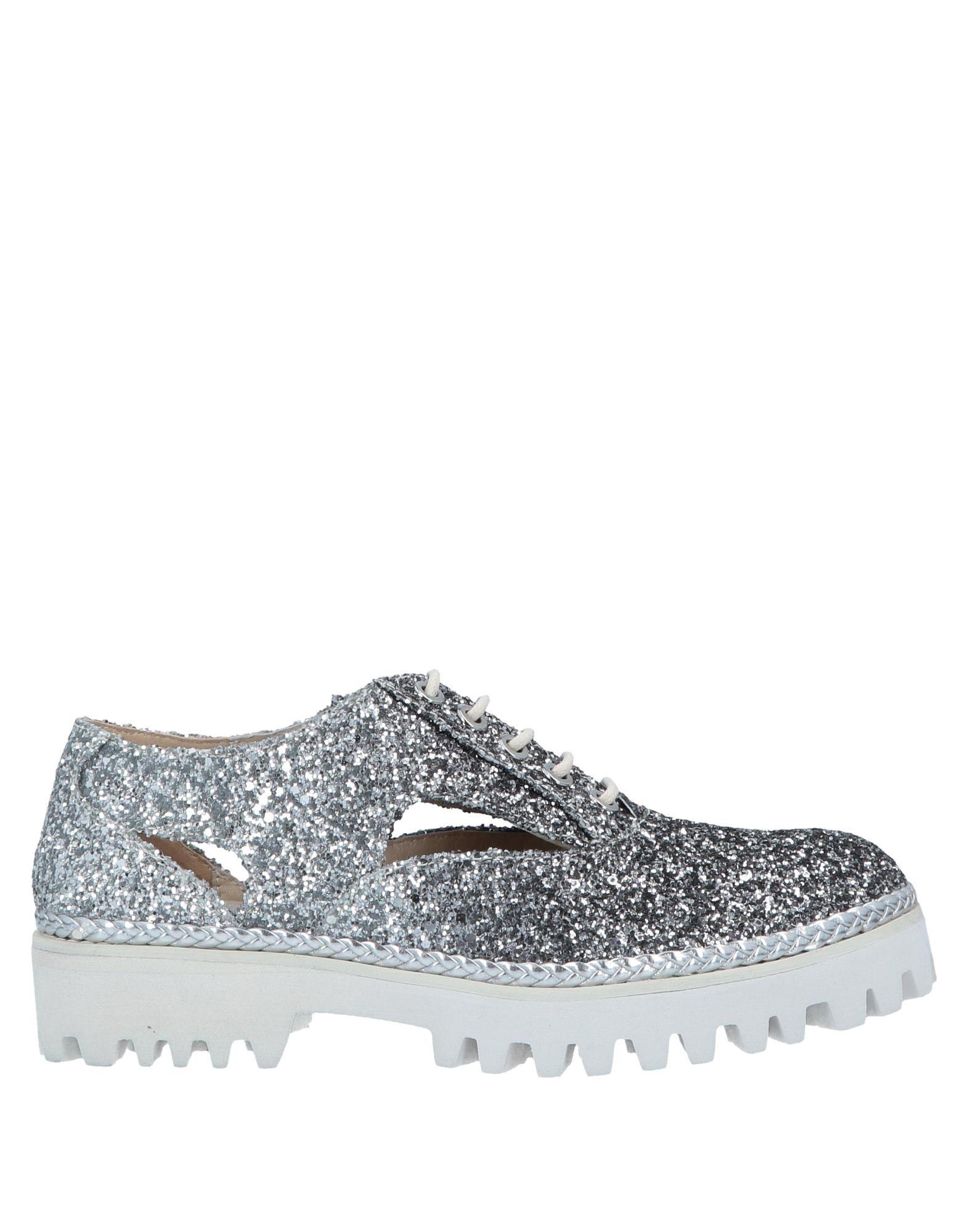 зимняя обувь для туризма и активного отдыха женская