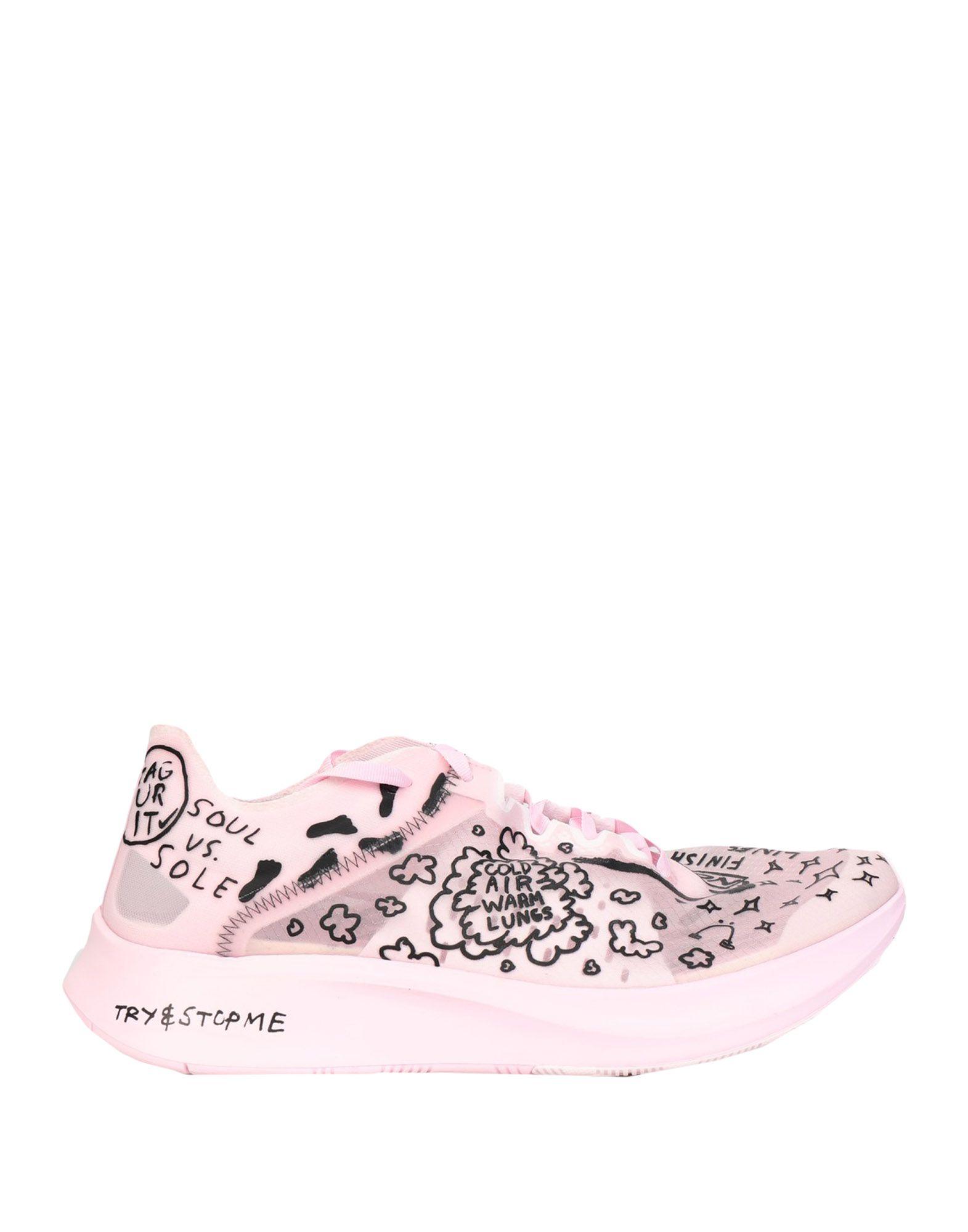 NIKE Низкие кеды и кроссовки enrico fantini низкие кеды и кроссовки