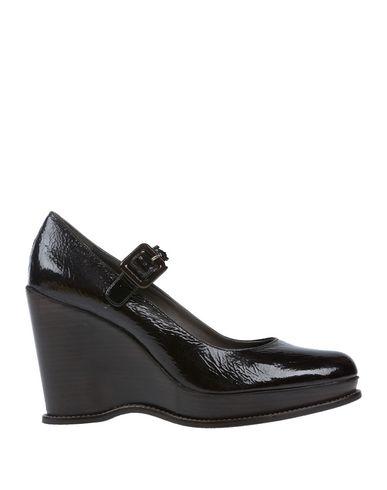 Туфли от CASTAÑER