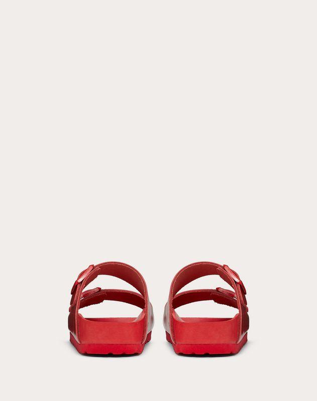 Slider-Sandalen aus Leder, in einer Zusammenarbeit mit Birkenstock entworfen