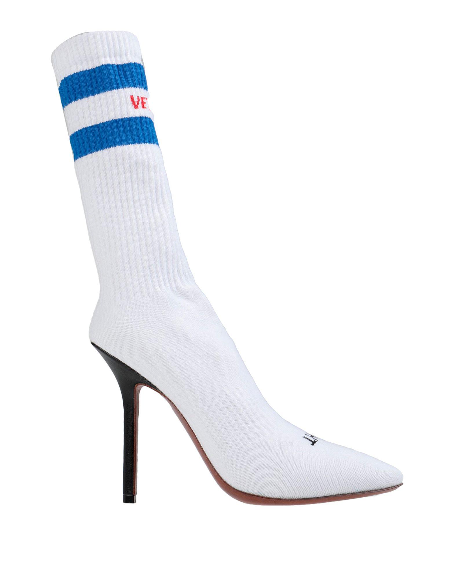VETEMENTS Полусапоги и высокие ботинки