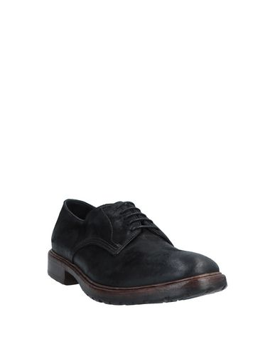 Фото 2 - Обувь на шнурках от PREVENTI черного цвета
