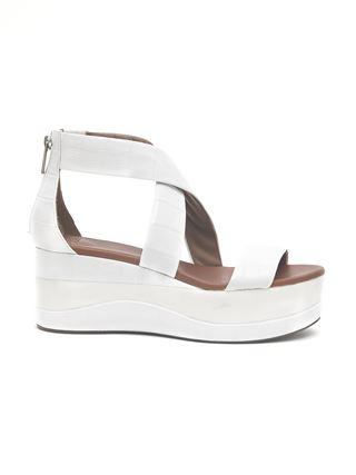Wave platform sandal