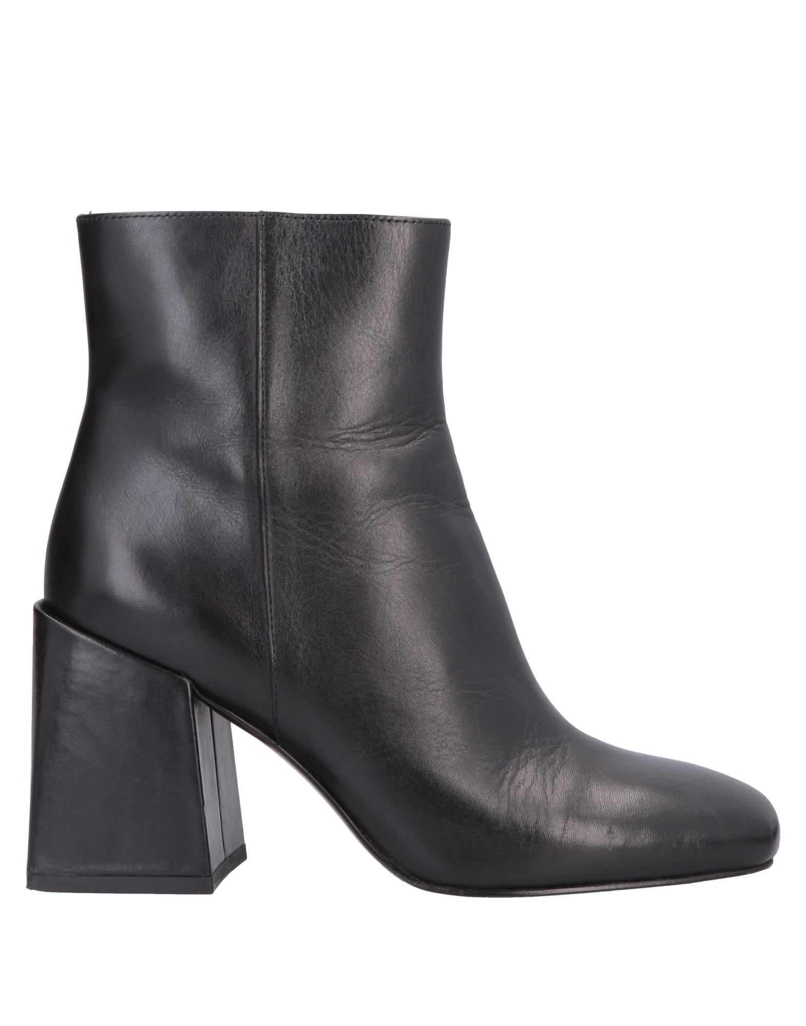 NINE WEST Полусапоги и высокие ботинки