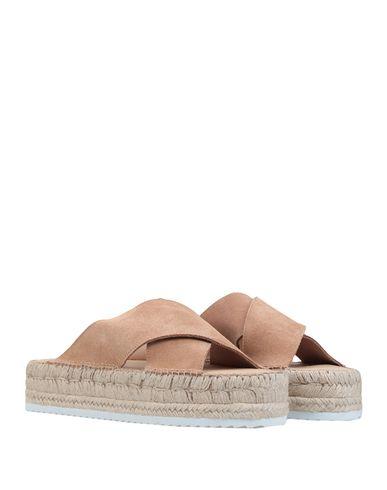 Фото 2 - Женские сандали ESPADRIJ цвет песочный