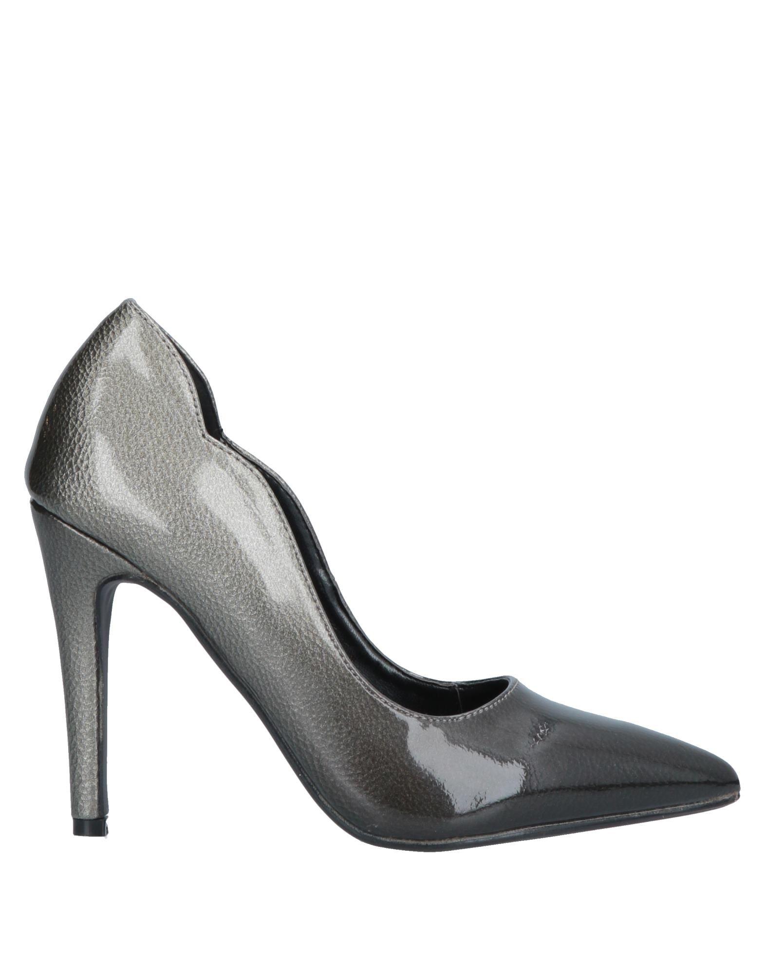 цена SEXY WOMAN Туфли онлайн в 2017 году