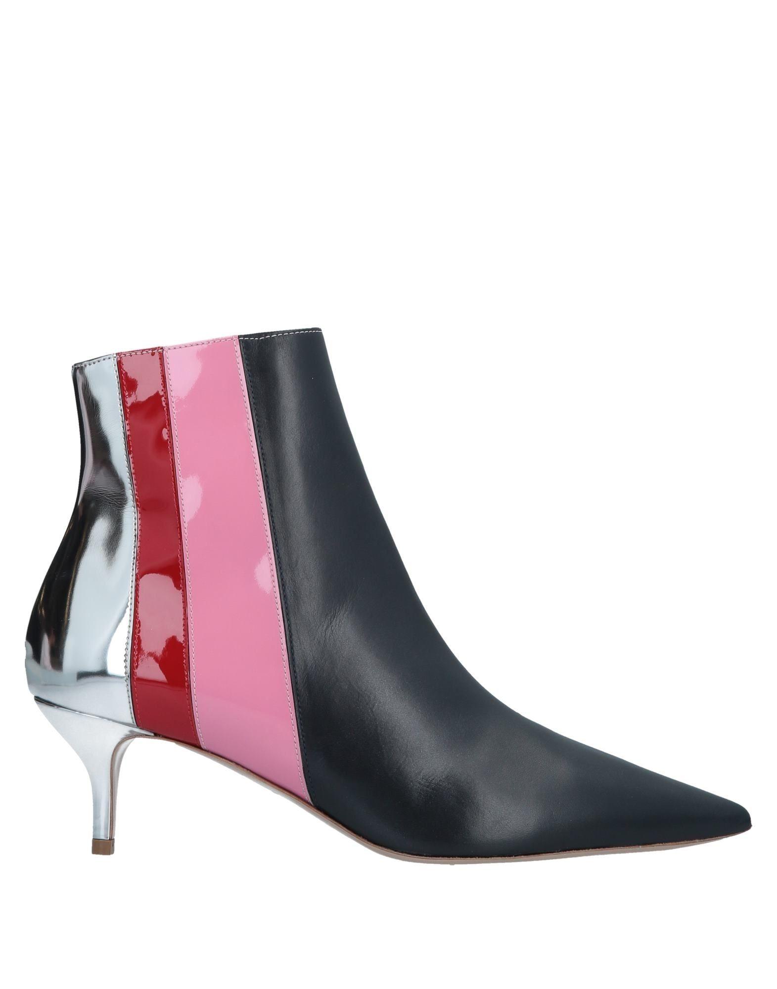 DELPOZO | DELPOZO Ankle Boots 11691607 | Goxip