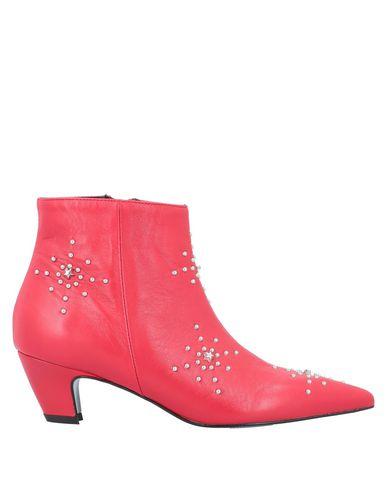 Фото - Полусапоги и высокие ботинки от BIANCA DI красного цвета
