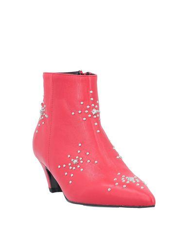 Фото 2 - Полусапоги и высокие ботинки от BIANCA DI красного цвета