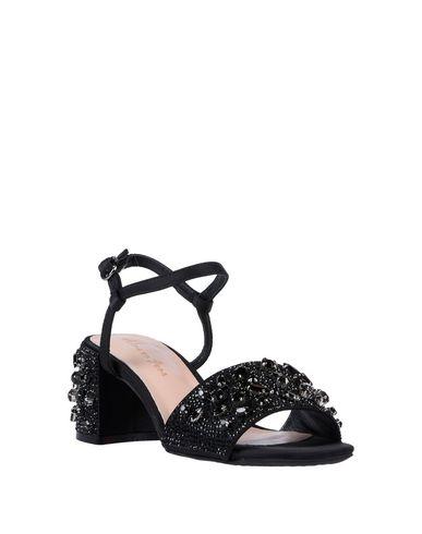 Фото 2 - Женские сандали ALMA EN PENA. черного цвета