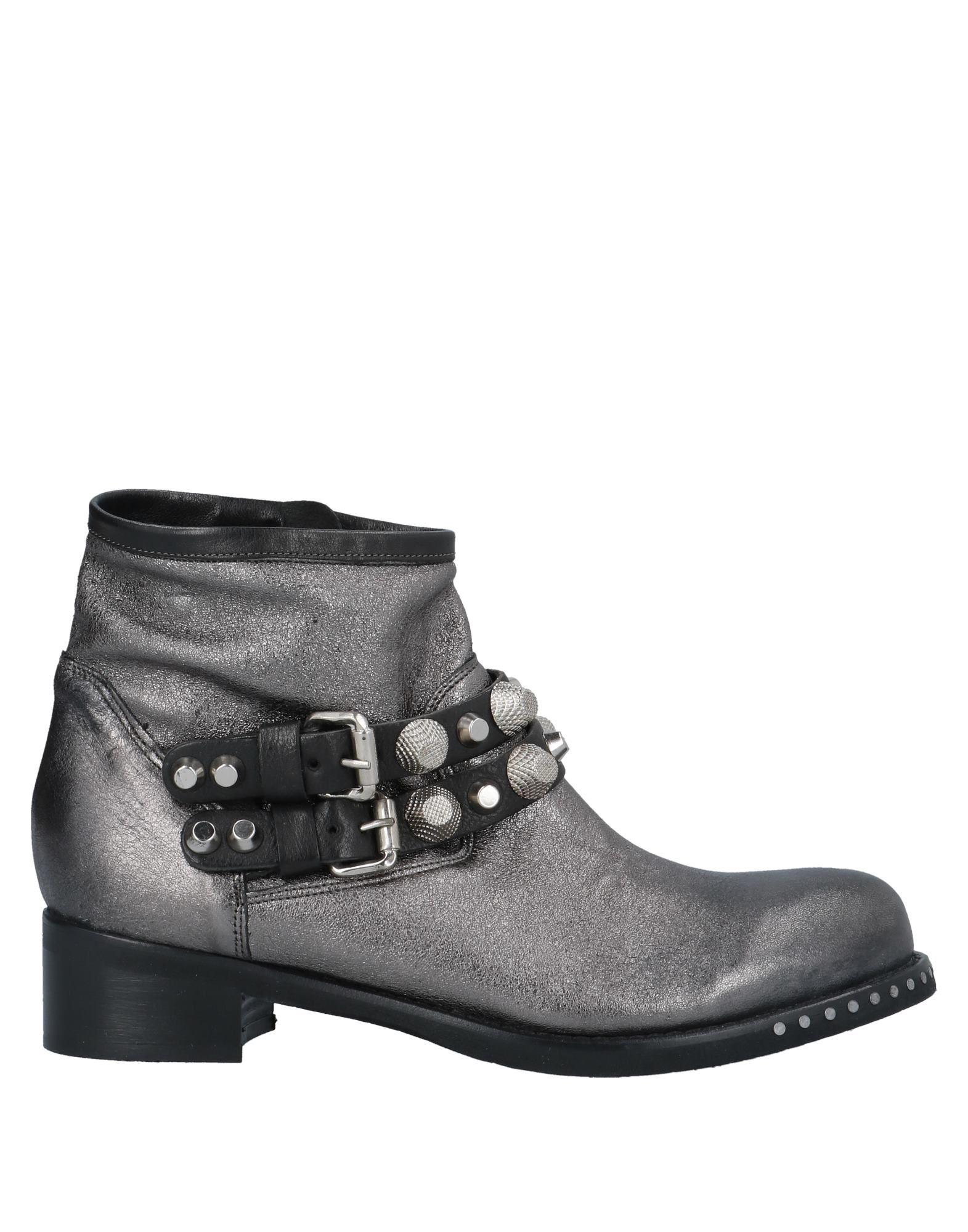 b777f2a78 где купить MIMMU Полусапоги и высокие ботинки по лучшей цене