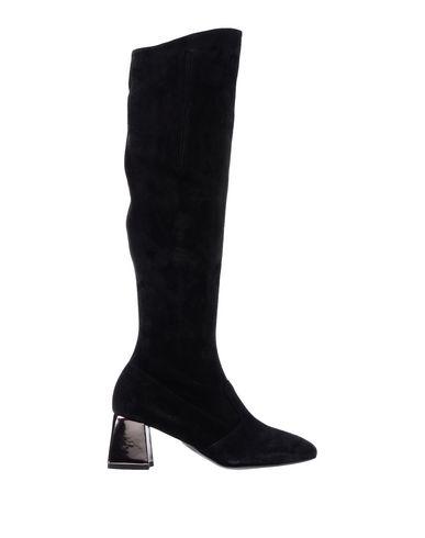 Купить Женские сапоги JEANNOT черного цвета