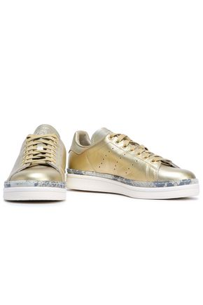 Adidas Originals Sneakers ADIDAS ORIGINALS WOMAN STAN SMITH NEW BOLD PERFORATED METALLIC LEATHER SNEAKERS GOLD