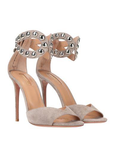 Фото 2 - Женские сандали  светло-серого цвета