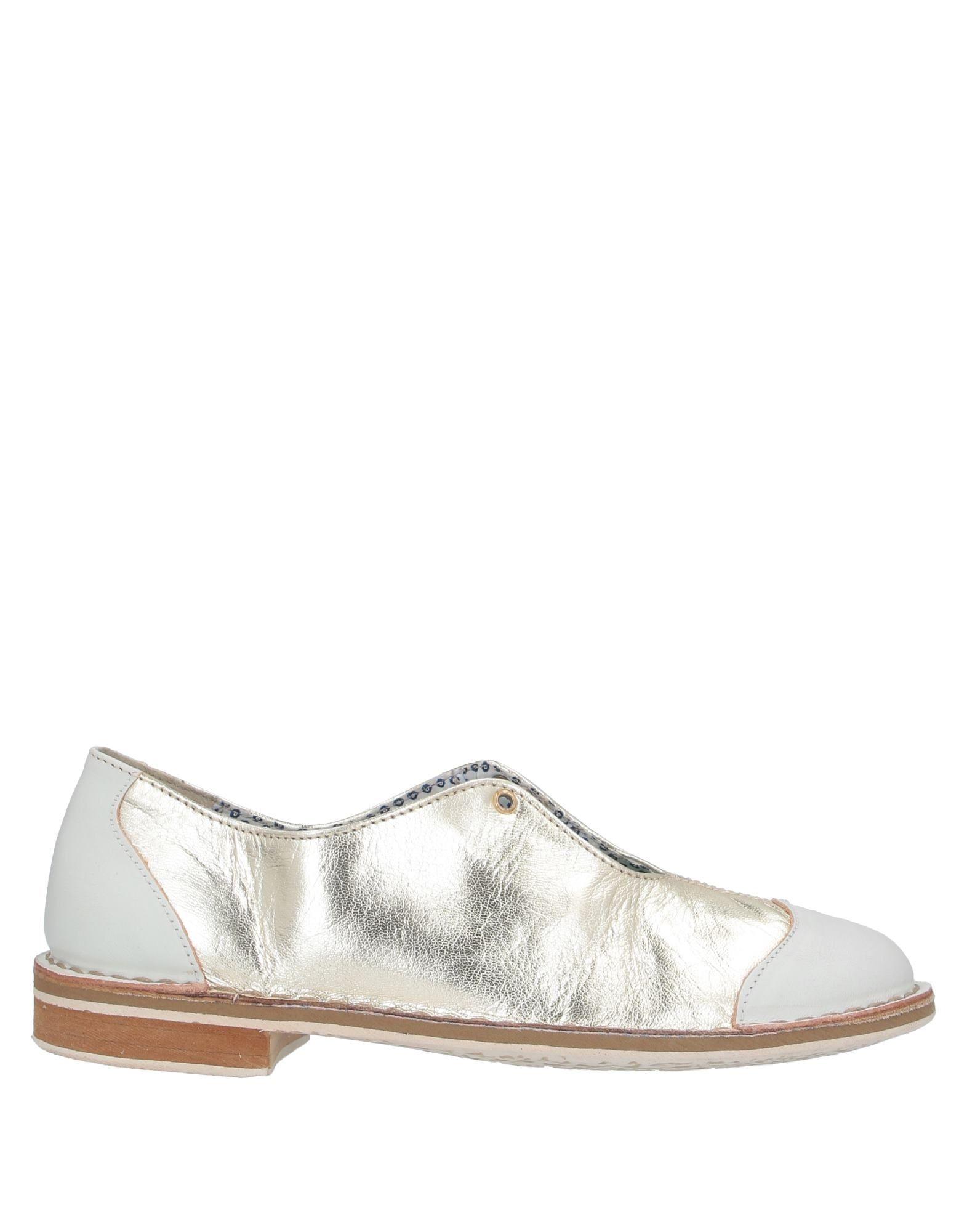 цена на WALLY WALKER Обувь на шнурках