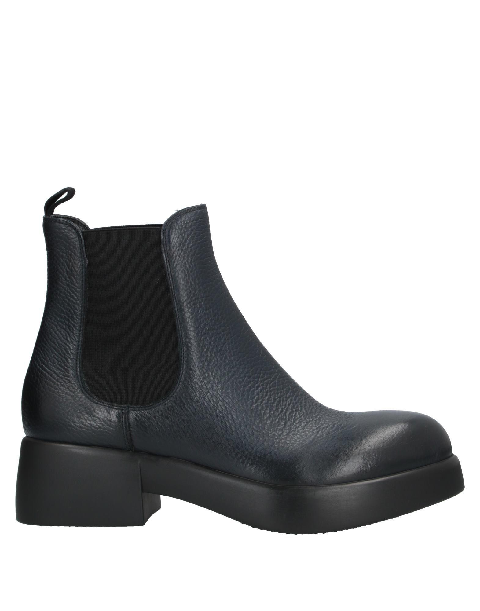 цена JFK Полусапоги и высокие ботинки онлайн в 2017 году