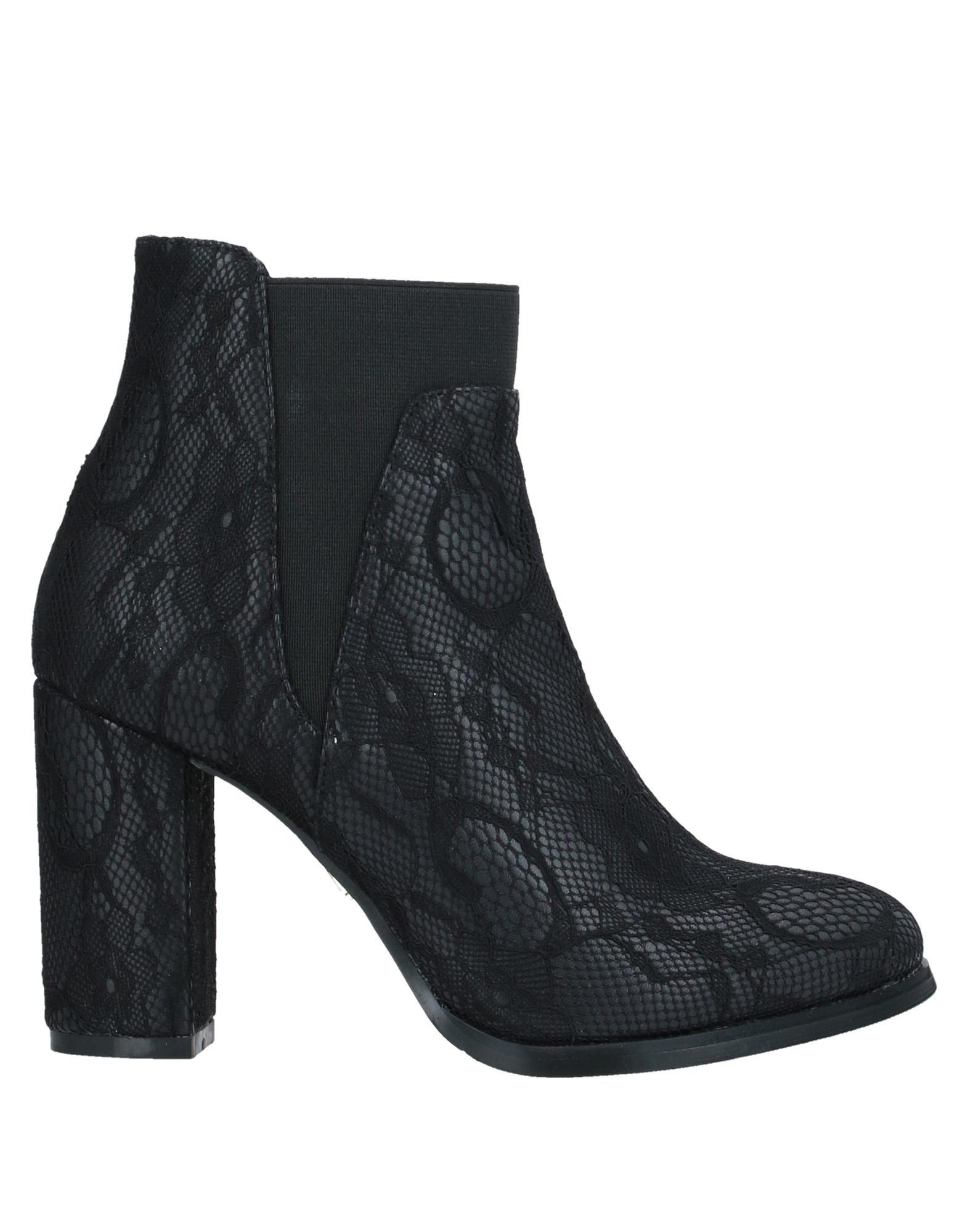 SARA LÓPEZ Полусапоги и высокие ботинки sara lópez вьетнамки