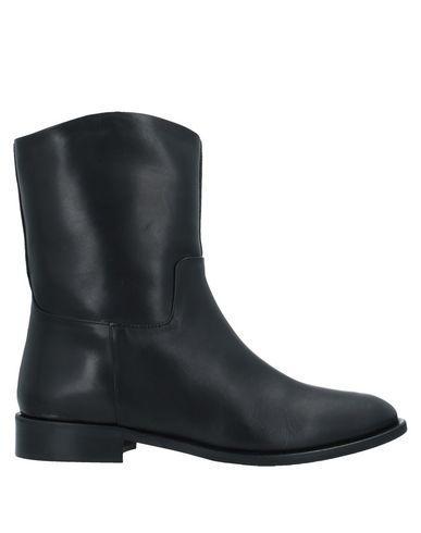 Фото - Полусапоги и высокие ботинки от J D JULIE DEE черного цвета