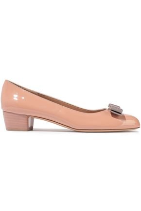 SALVATORE FERRAGAMO Vara bow-embellished patent-leather pumps