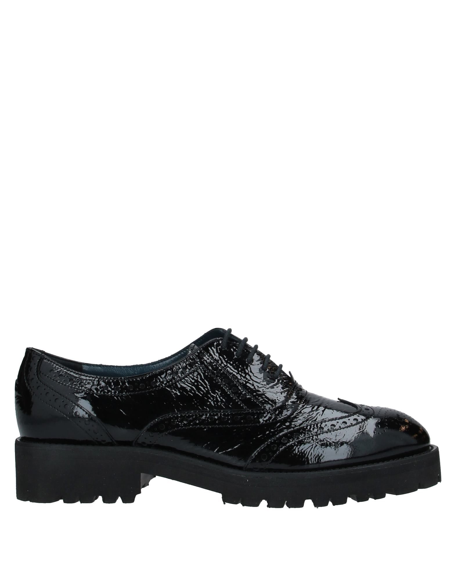 LE BLE Обувь на шнурках мыло dove пробуждение чувств 100 г
