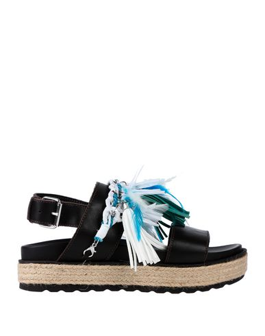 Фото - Женские сандали STOKTON темно-коричневого цвета