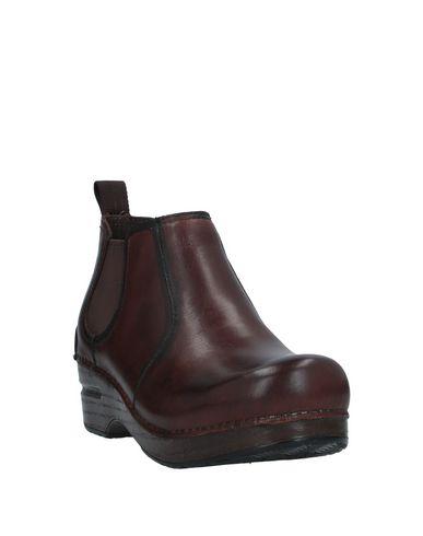 Фото 2 - Полусапоги и высокие ботинки от DANSKO темно-коричневого цвета