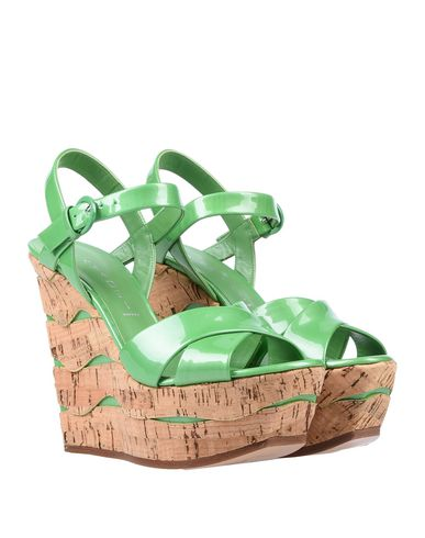 Фото 2 - Женские сандали  зеленого цвета