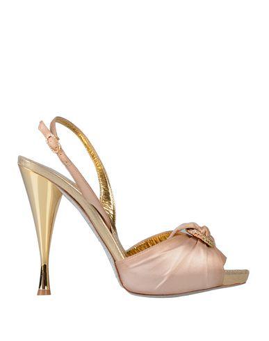 Фото - Женские сандали  бежевого цвета