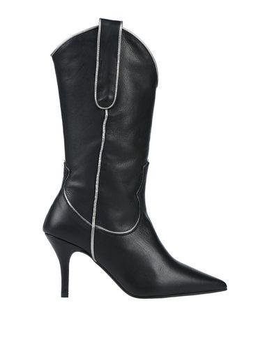 Фото - Полусапоги и высокие ботинки от CHIO черного цвета