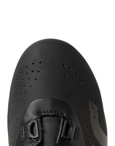 Фото 2 - Низкие кеды и кроссовки от MAVIC черного цвета