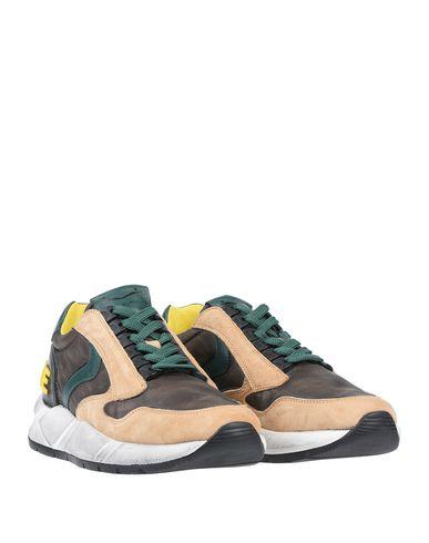 Фото 2 - Низкие кеды и кроссовки от VOILE BLANCHE цвета хаки