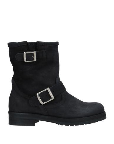 Фото - Полусапоги и высокие ботинки от LE PURE черного цвета