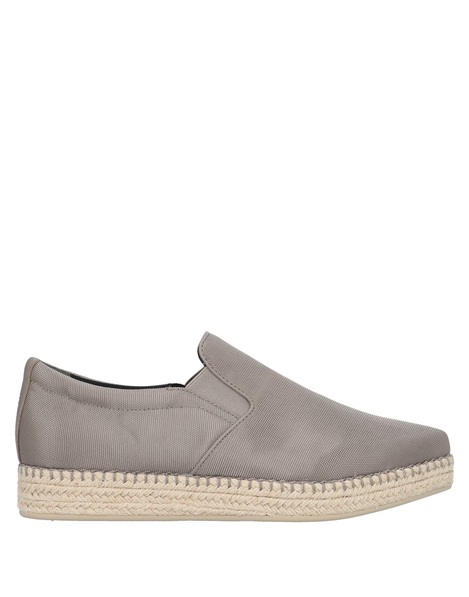 Фото - DKNY Эспадрильи обувь на высокой платформе dkny