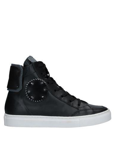 Фото - Высокие кеды и кроссовки от ONE WAY черного цвета