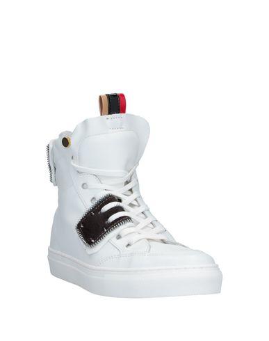 Фото 2 - Высокие кеды и кроссовки от ONE WAY белого цвета