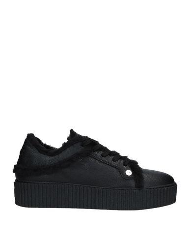 Купить Низкие кеды и кроссовки от CESARE PACIOTTI 4US черного цвета
