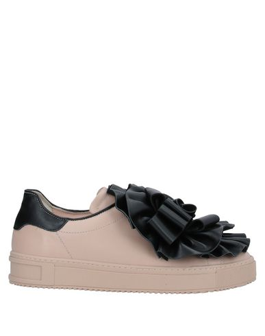 Фото - Низкие кеды и кроссовки от POKEMAOKE розового цвета