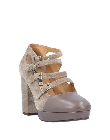 Фото 2 - Женские ботинки и полуботинки  цвета хаки