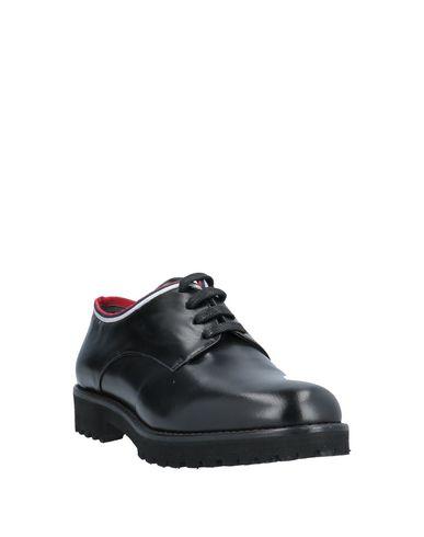 Фото 2 - Обувь на шнурках от VSL черного цвета