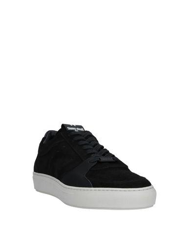 Фото 2 - Низкие кеды и кроссовки от THOMS NICOLL черного цвета