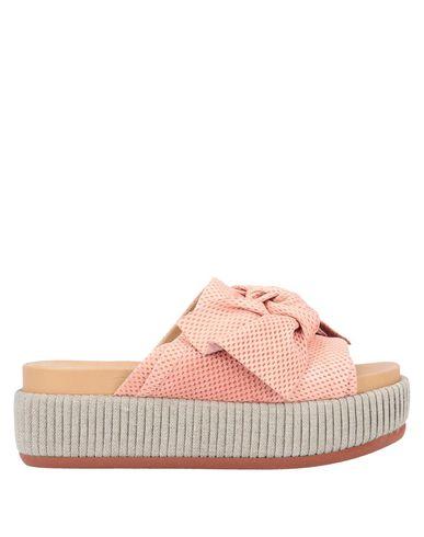 Фото - Женские сандали FIORIFRANCESI розового цвета