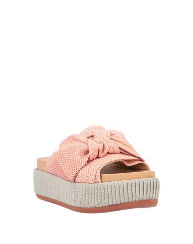 Фото 2 - Женские сандали FIORIFRANCESI розового цвета