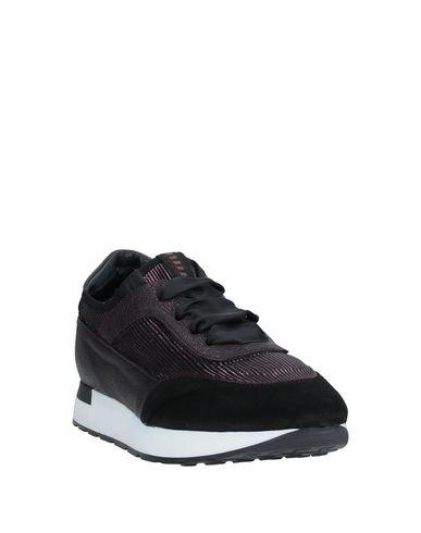 Фото 2 - Низкие кеды и кроссовки от LILIMILL цвет баклажанный