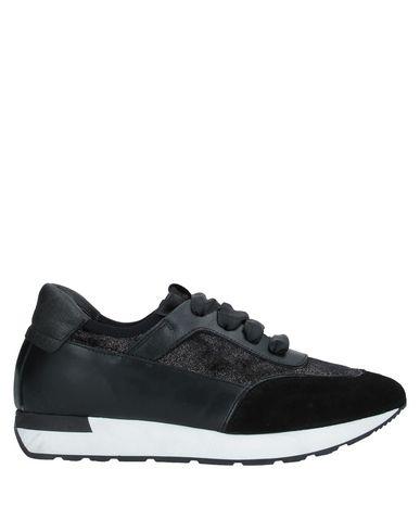 Фото - Низкие кеды и кроссовки от LILIMILL черного цвета