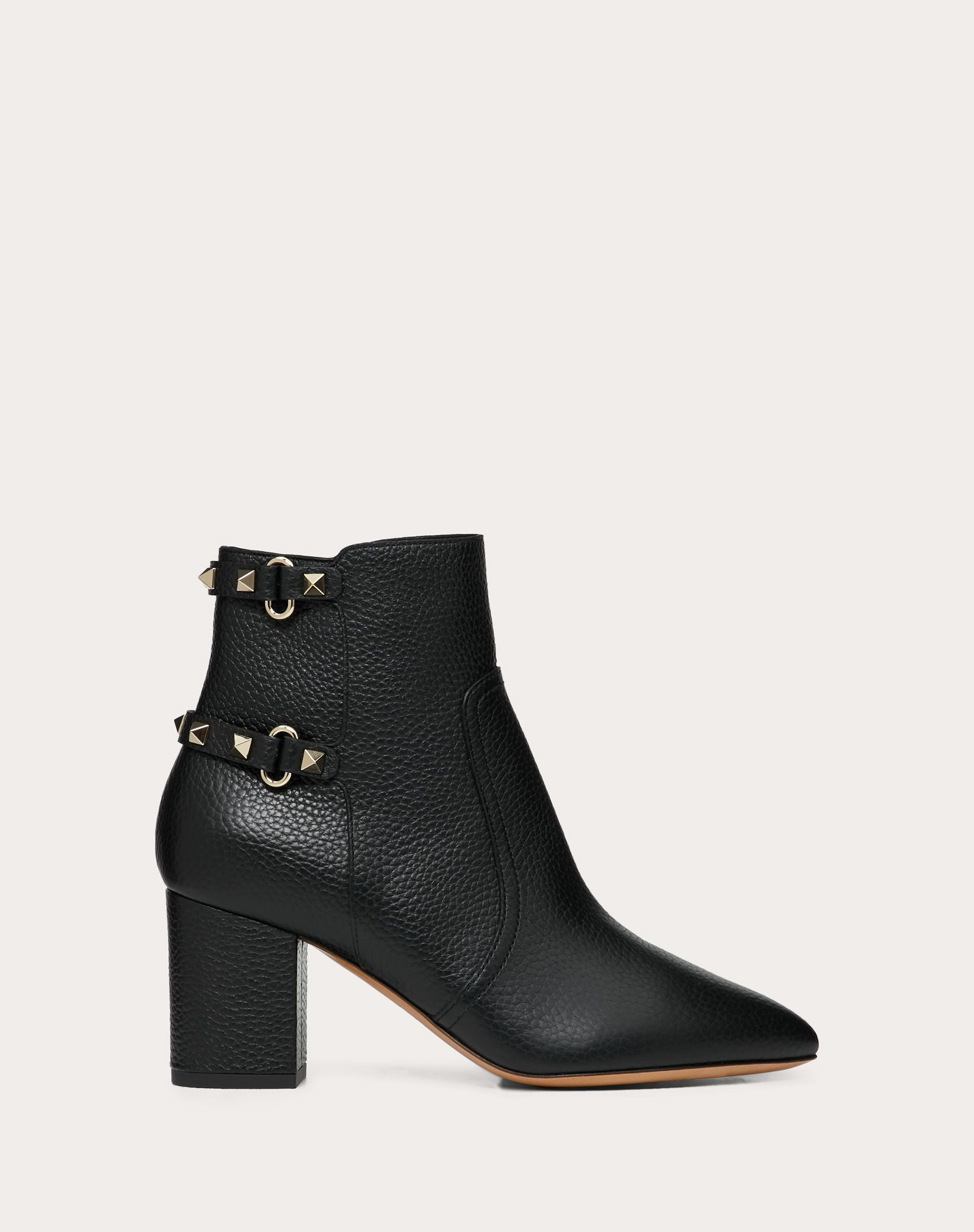 Rockstud Grainy Calfskin Leather Ankle Boot 70 mm