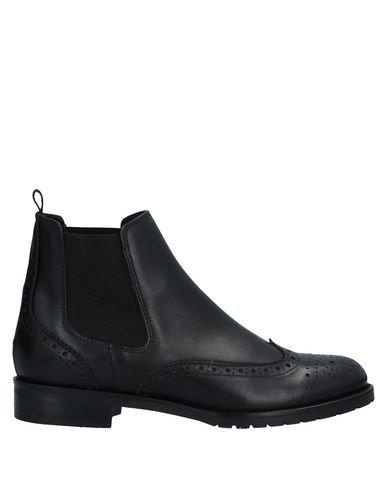 Фото - Полусапоги и высокие ботинки от MALLY черного цвета