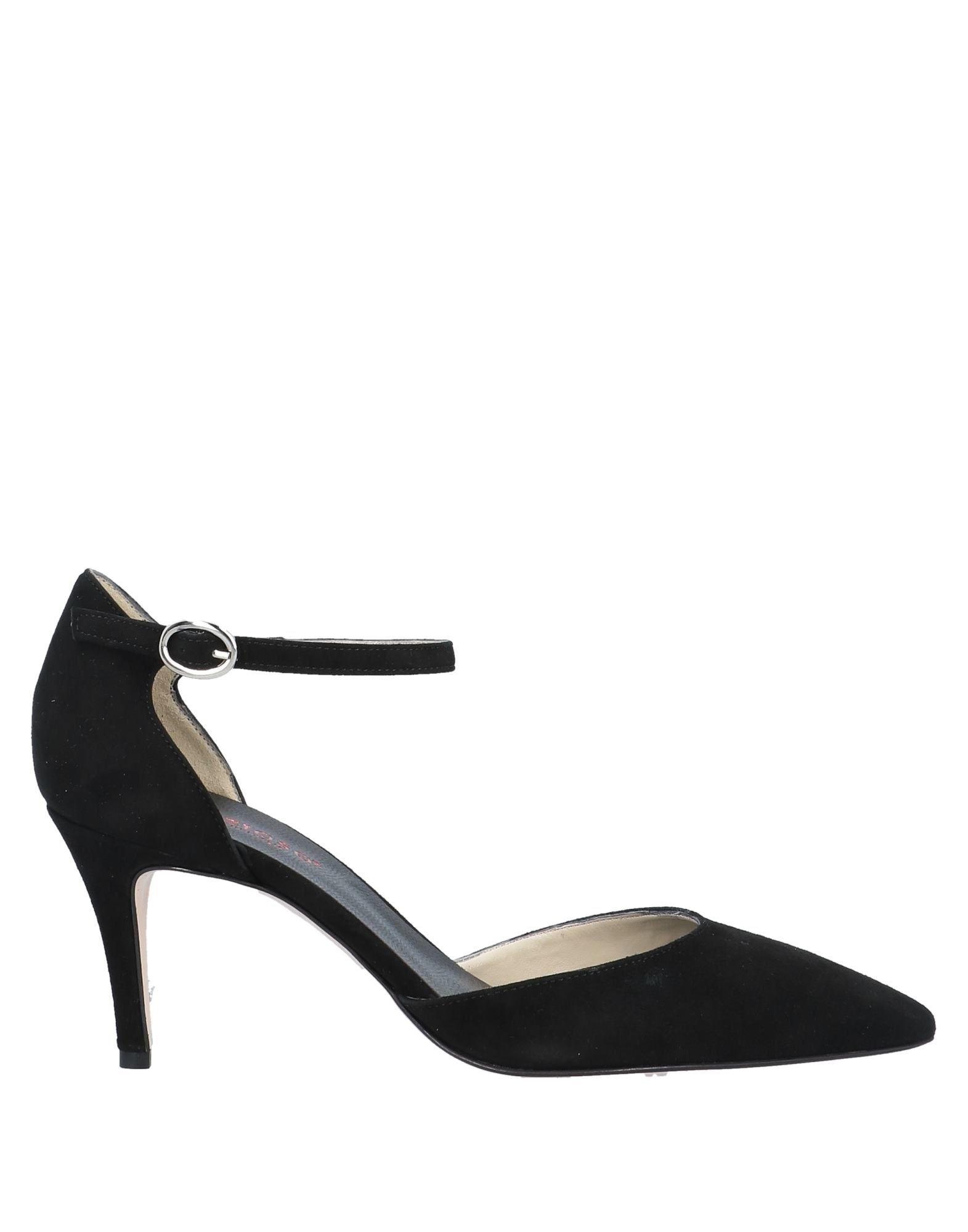 кроссовки туфли женские