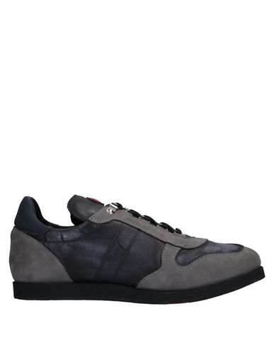 KITON Sneakers & Tennis basses homme