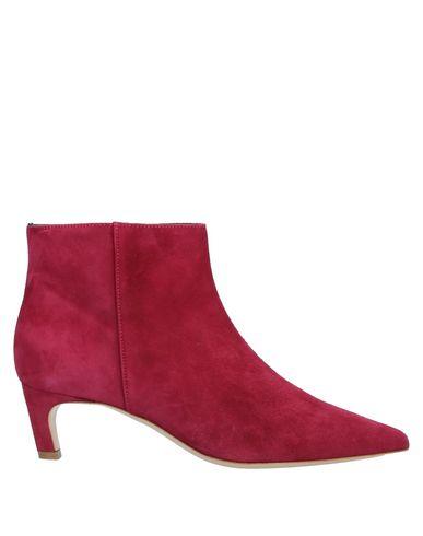 Фото - Полусапоги и высокие ботинки цвет пурпурный